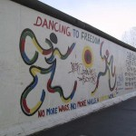 East side gallery - Dancing to freedom