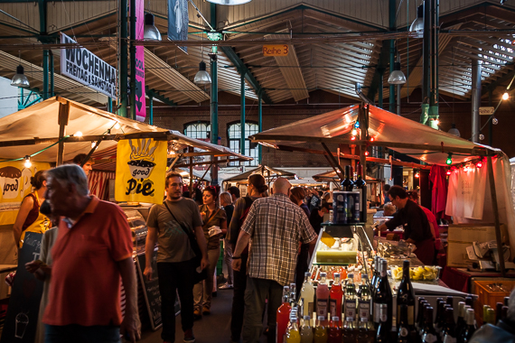 Street Food Thursday; wereldse snacks in oude markthal