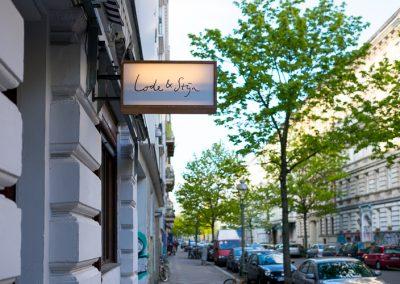 Twee Nederlandse koks koken verrassend in een relaxte setting