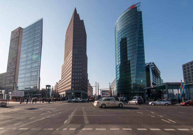 Potsdamer Platz het historische en moderne handelscentrum van Berlijn