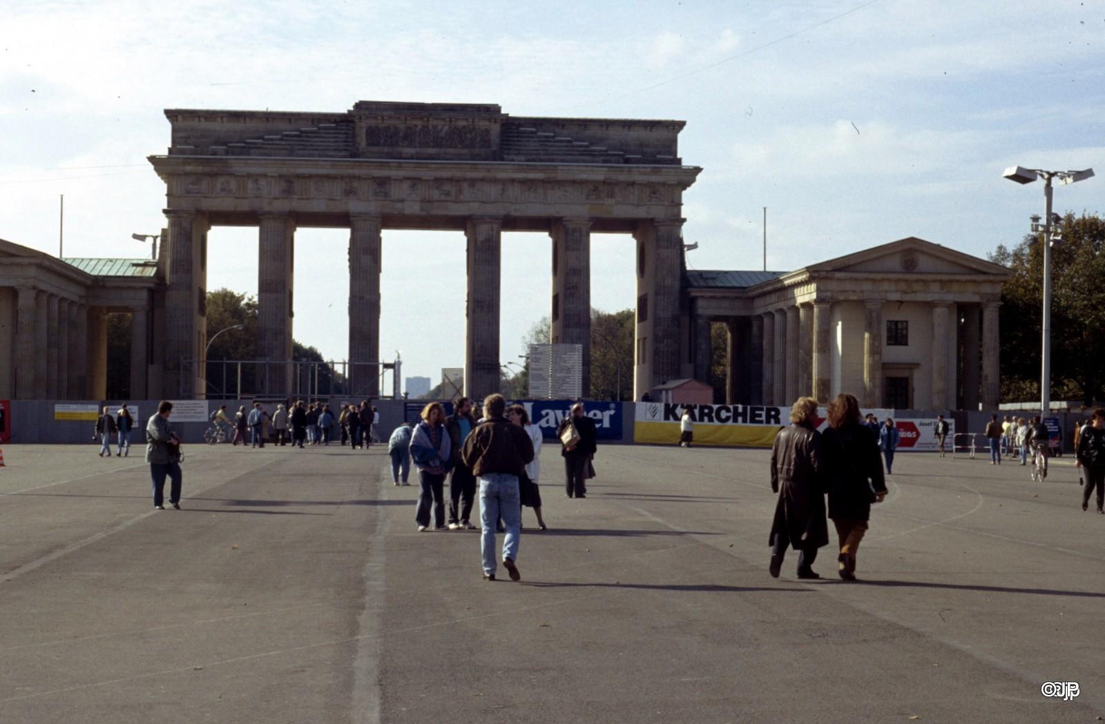 De Duitse hereniging II – Een historische fotoreportage door Jan Poort